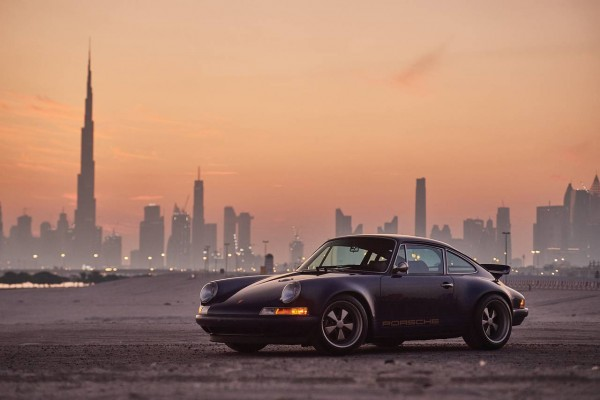 07__1993-Porsche-911-Reimagined-by-Singer_27
