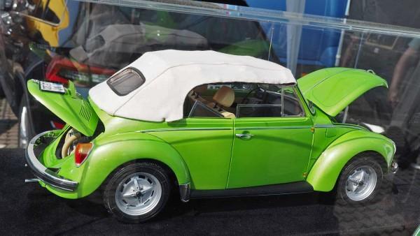 01-vw-kafer-1303-cabrio_le-grand_modellauto