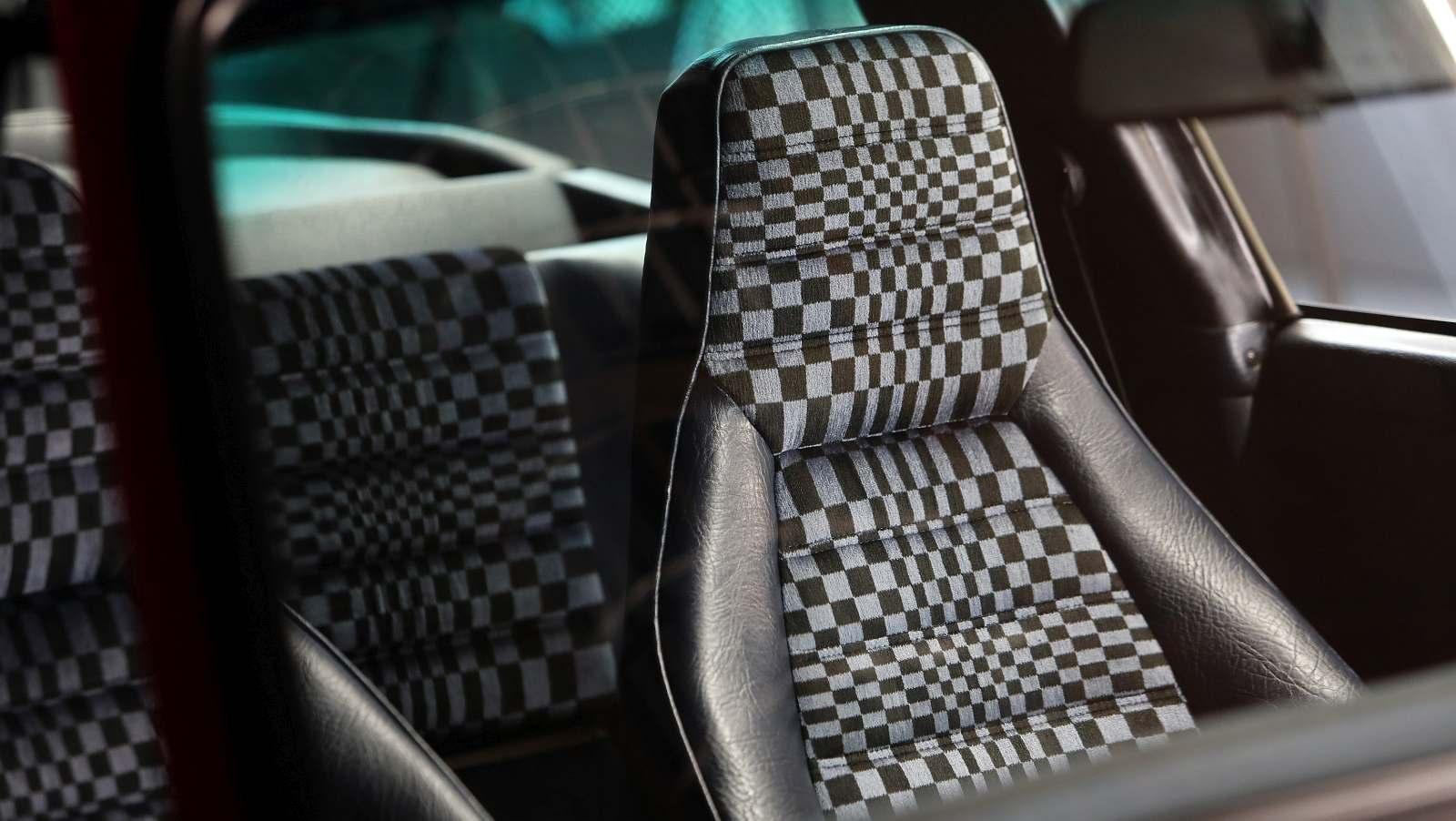 04-Die-ber-hmtesten-Porsche-Sitzmuster